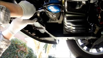 changing-the-oil-filter